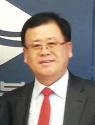 CEO 申正和 Sin Jung Hwa